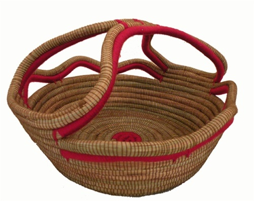 Pine Needle Bread Basket With Fancy Handle - Nicaragua