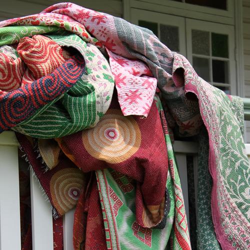 100-cotton-authentic-indian-kantha-stich-old-vintage-sari-quilt-blanket-throw-500x500